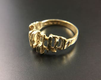 14K yellow gold ring band, size 7, weight 3.6 grams