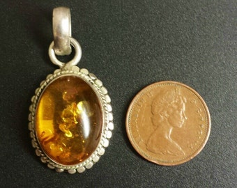 Sterling Silver .925 Amber Pendant