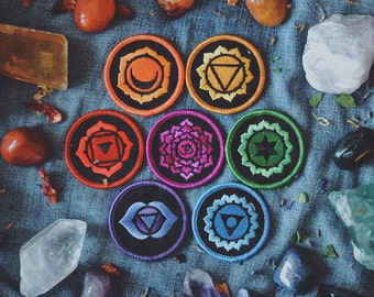 Healing Chakra Patches: Complete Set of 7 Iron-On Embroidered Patches - For Grounding, Energy, Manifestation, Power, Love, Wisdom, Truth