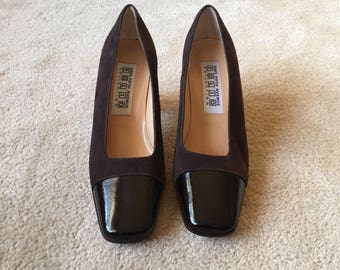 Vintage Saks Shoes Heels Fifth Avenue Folio Collection Size 6 Brown Suede Square Toe