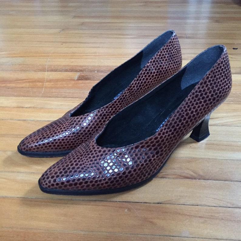 eab579cc77235 Stuart weitzman, roz and sherm, snake skin heels, vintage pumps, size 9  vintage shoes, brown pumps, vintage high heels, womens size 9