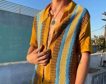 Gorgeous 1960s-70s Knit 3-d Weave Button Down Shirt