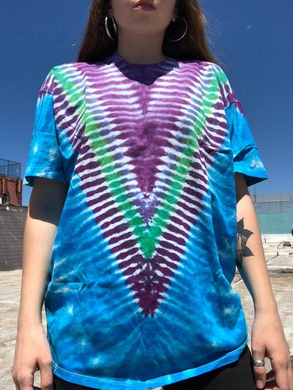 Vintage V Tie Dye T-shirt