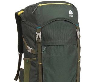 """Sierra Designs 21.26"""" Mount Sanitas 40L Backpack - Green"""