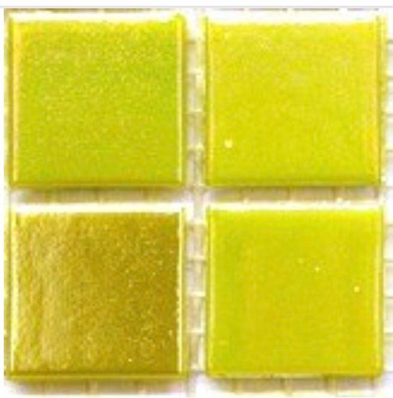 Green Pearl 75 Vitreous Iridescent Mosaic Tiles 20mm