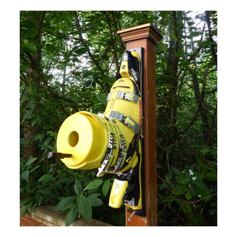 Ski Boot Bird House image 0