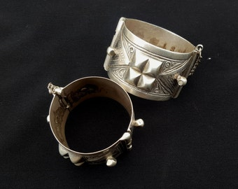 Moroccan Jewelry pair of Antic Berber silver Bracelet