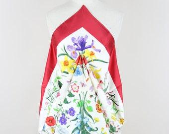 "GUCCI ""Flora"" 1970s Vintage Silk Scarf Red Edging Vittorio Accornero Gift for Her"