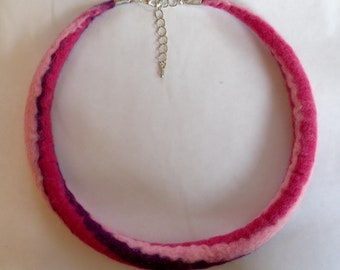 Felted necklace purple pink, wool jewelry for women, pink striped felt necklace candy swirl style, wool choker, 48cm, 19.2 inch, size M