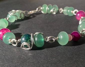 "Enchanting Green Bracelet of Aventurine and Agate // Pink Agate // Green Aventurine // Nature Bracelet // Glass Beads // ""Forest Sprite"""