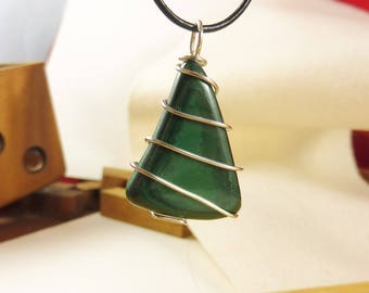 "Green Pendant with Malachite and Sterling Silver - ""Enchanted Woods"""
