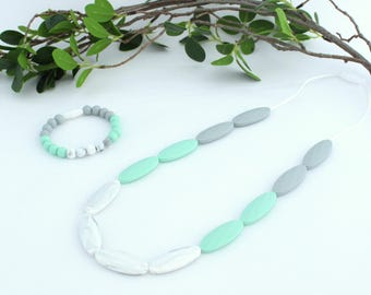 Teething necklace to chew on marble and Mint, model SWANN, for MOM and baby, silicone beads