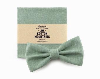 Bow Tie and handkerchief sage green for men, wedding accessory, groomsmen gift, Pre-tied bowtie - Fall Winter wedding