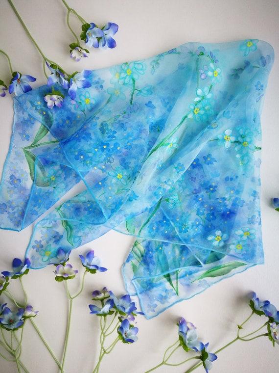 775f8268caeb Bleu myosotis foulard-peint sur soie mousseline de soie   Etsy