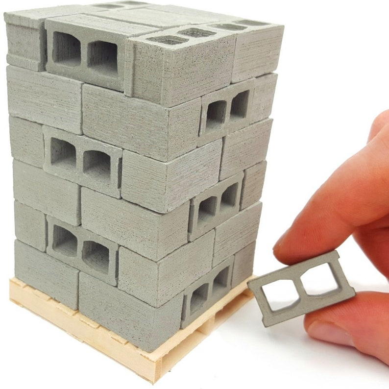 48 Mini Cinder Blocks Made of Cement with Pallet - Premium Quality - 1/12  Scale, Perfect for Dioramas, Gifts for Men, Desk Toy, Dollhouses