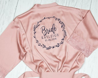 b2157bfc96 Floral Bridesmaid Robes - Personalised Wedding Dressing Gowns - Lace Trim  Satin Bridal Party Robes - Rose Gold Wedding - Hen Weekend Robes