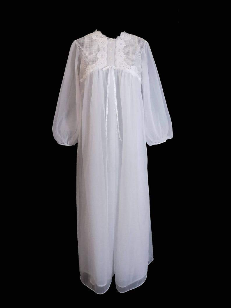 Chiffon Nightgown and Robe 1960s Gossard Artemis Peignoir Set White GORGEOUS Size Small