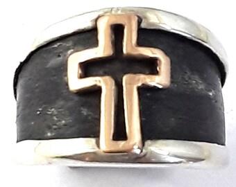 Cross Designed Band 18k Gold lp Oxidized