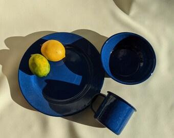Vintage Speckle Enameled Cup Bowl Plate Camping Set - Blue Speckle