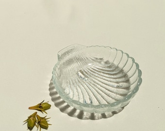 Vintage Ceramic Catch All Shell Dish - Clear Glass