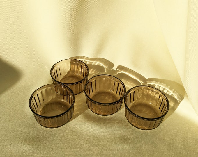 Made in France Vintage Arcopal Small Tart Pie Dish Set of 4 - Brown Glass