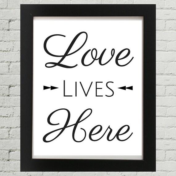 Amore Amore Vive Qui Inspirational Citazione Frase Di Incoraggiamento Citazione Di Amore Amore Proverbi Citazioni Sull Amore Arte Della Parete