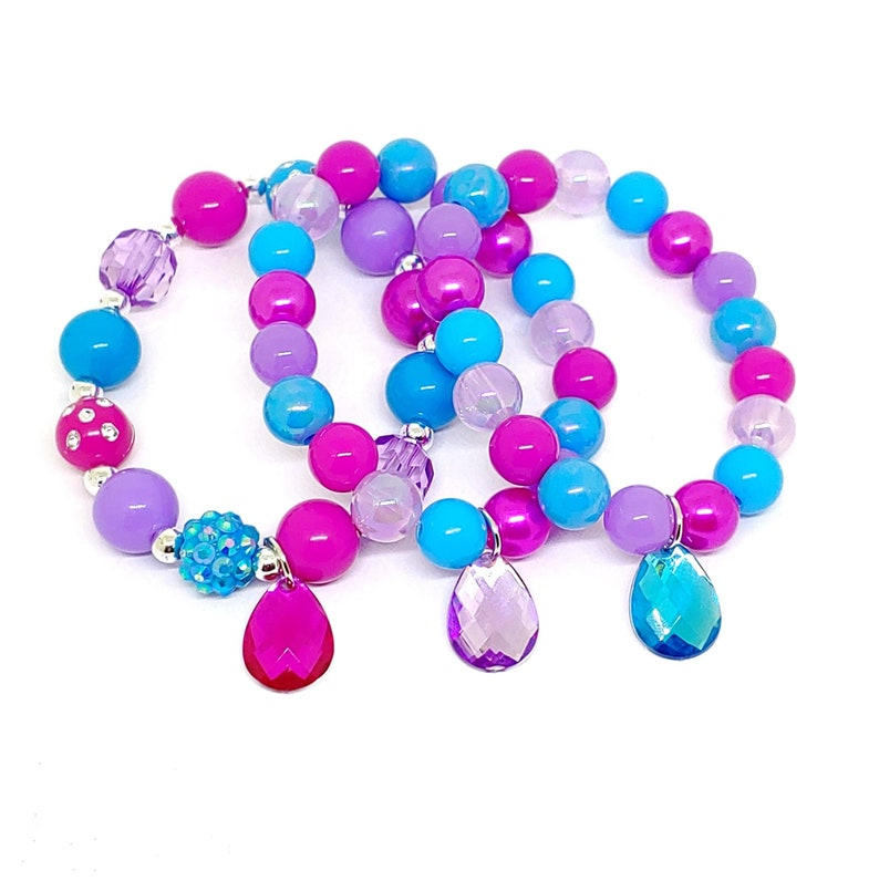 Genie gem party favors bracelets in organza bags with special birthday girl  bracelet!