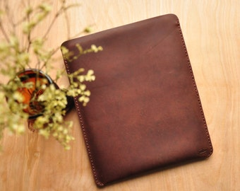 Leather Laptop Sleeve / MacBook Pouch / Surface Book Case in Brown / Personalized