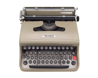 SALE!* Olivetti Lettera 22 typewriter, taupe brown typewriter, Olivetti typewriter, working typewriter, portable vintage typewriter, qwerty
