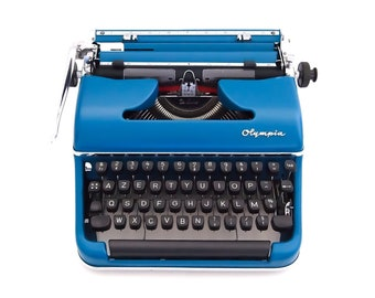 SALE!* Olympia SM3 Deluxe typewriter, blue typewriter, Olympia typewriter, working typewriter, vintage and portable typewriter, azerty.