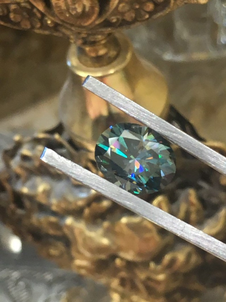 2.75 Cts Oval 8X10 for the exotic side of you Calypso