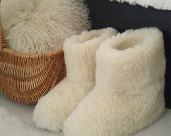 Natural Cozy Slippers