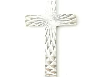 Vintage Sterling Silver Diamond Cut Textured Sparkly Sunburst Cross Pendant Charm Necklace- 16 Inch Thin Rolo Chain