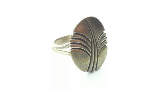 Vintage Sterling Silver Native American Modernist Designer Oval Ring with Cut Oxidized Natural Wave or Tree Pattern- Size 6.75