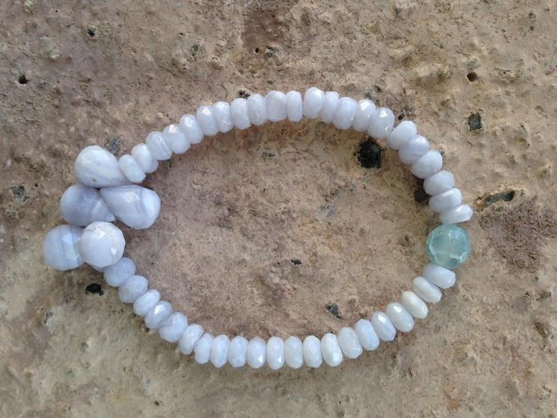 Blue Lace Agate Dew Dropplet stretch Bracelet