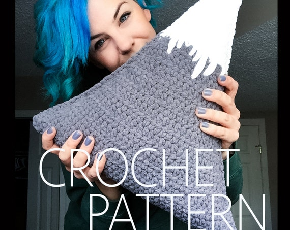 One Peak Pillow CROCHET PATTERN