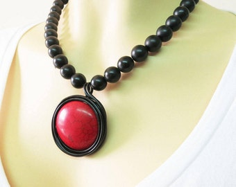Red Statement Necklace, Red Necklace, Wrapped Stone Jewelry, Wrapped Stone Pendant, Red Stone, Red Stone Necklace, Statement Black Necklace