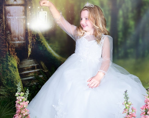 Long Sleeves Floor Length Ivory Lace Tulle Flower Girl Bridesmaid Dress M0088