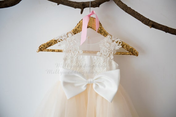 Ivory Lace Champagne Tulle Flower Girl Dress Wedding Bridesmaid Dress with Big Bow M0035