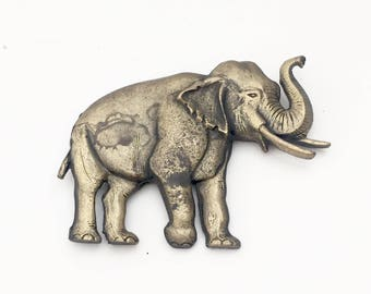 Vintage Elephant Brooch, Vintage Brass Elephant Brooch, Brass Elephant Pin, Retro Brass Elephant Pin, Retro Elephant Brooch, Elephant Brooch