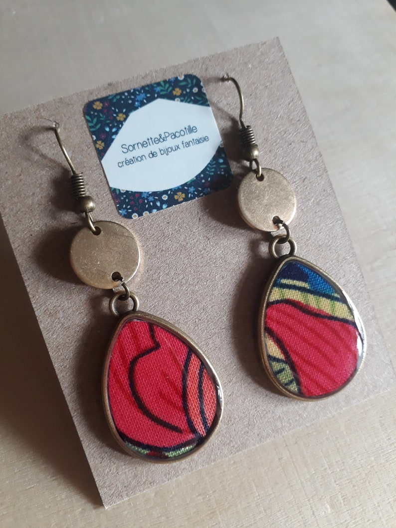 Asymmetric earrings drops multicolor graphic floral fabric and resinhandmadeseveral possible shapes