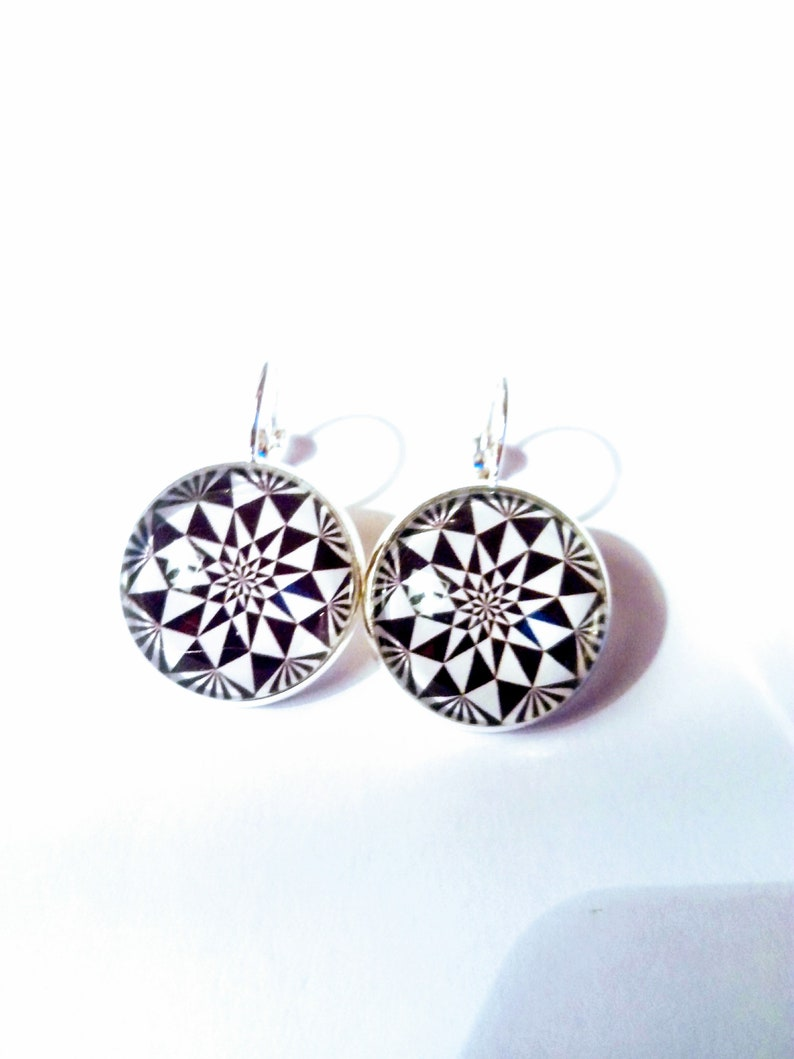 Earring stud earring Silver Black and White graphic cabochon black and white color mother of mothers gift