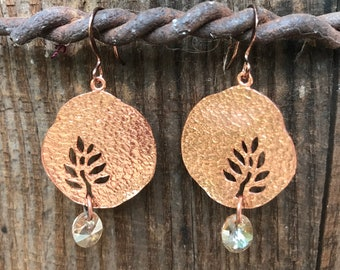 Hammered Copper Drop Earrings with Leaf Cutout and Yellow Topaz Swarovski Dangle   1 7/8 Inch Dangle Copper Earrings with Golden Crystal