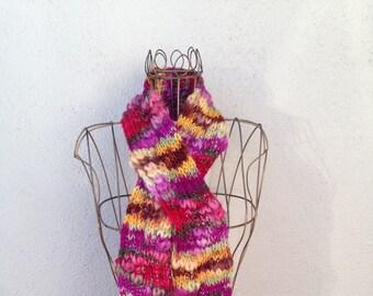 17001 - Handknit scarf