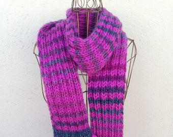 17020 - Handknit scarf