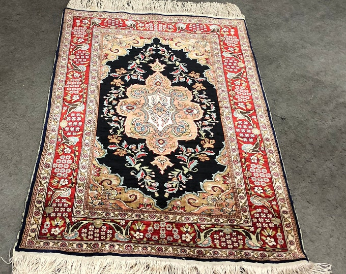 "Handmade Pure Silk Turkish Rug 3'7"" x 2'4"""