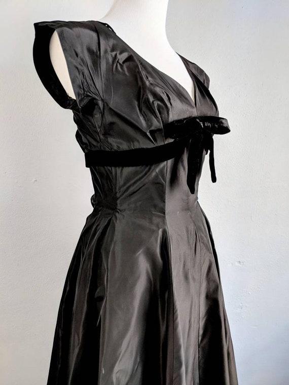 Gorgeous Suzy Perette Black Taffeta and Velvet Go… - image 8