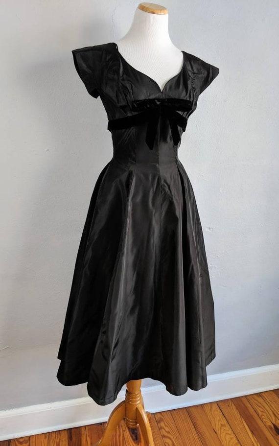 Gorgeous Suzy Perette Black Taffeta and Velvet Go… - image 3
