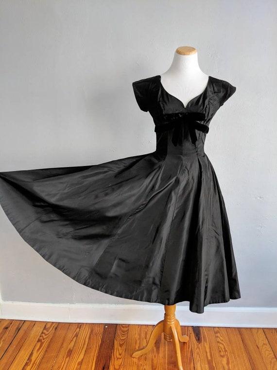 Gorgeous Suzy Perette Black Taffeta and Velvet Go… - image 9