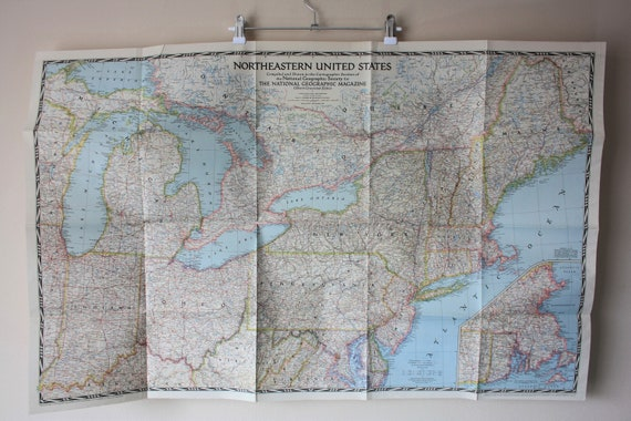 National Geographic Map of Northeastern United States, 1945 Vintage. Large  worn USA wall map